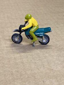 Matchbox #241 Dirt Bike w/ Rider Camp Jeep 2000 1:34 die cast motorcycle