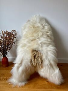 XXL Large Genuine Icelandic Sheepskin Sheep Rug Natural Cream/Ivory/Honey Brown
