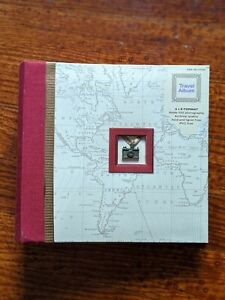 "New Travel Photo Album Red/White Holds 100-6x4"" Photos w/Camera Pendant NWT"