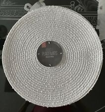 Benson Mills Set/4 Boucle 15� Round Placemats Cream Ivory / Gold Silver Accents