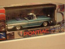 NEWRAY   1957 PONTIAC BONNEVILLE  CONVERTIBLE MIB MINI-SHOWCASE  fuel injected !