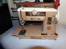 Vintage Singer 401A Sewing Machine Slant Model  All Metal Gears SINGER 401A