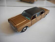 Corgi Toys Lincoln Continental in Gold