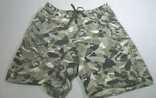 Patagonia Board Shorts Size 33 Camo Floral Pattern Knee Length Swim Trunk Casual