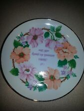 """Lasting Memories collectible plate """"A Mother surrounds her family with love"""""""