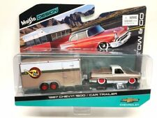 Maisto 1/64 Tow & Go 1987 Chevrolet 1500 with Car Trailer Diecast Car 15368-P