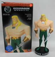 """DC DIRECT Justice League Aquaman Animated Series  9"""" Macquette 1227/4500 NEW"""