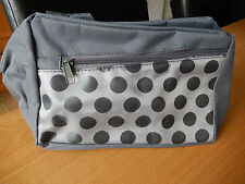 BRAND NEW GREY JACQUARD COSMETIC BAG ( POLKA-DOT ) - PERFECT FOR HOLIDAY TRAVEL!
