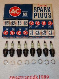 'NOS' AC-R45 Spark Plugs....'ACNITER PRINTED'......AC-R45.....GM #5569834