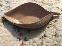 Vintage Red Wing Art Pottery Pink Speckled Birch Leaf Serving Dish Bowl 11 Inch
