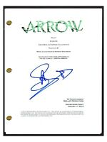 Stephen Amell Signed Autographed ARROW Pilot Episode Script COA