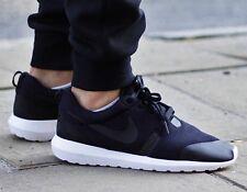 """Nike Roshe NM TP Rosherun Tech Pack """"Fleece Pack"""". 749658 001. Size 10"""