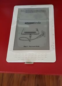 "Amazon Kindle DX 9.7"" 3G Model# D00801 White"