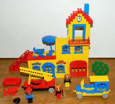 Lego Fabuland 350  Rathaus mit Feuerwehr und Polizei