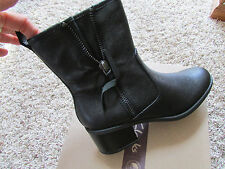 NEW CLARKS NEVELLA DEVON LEATHER BOOTS WOMENS 9.5 ANKLE BOOTS BOOTIES ORTHOLITE