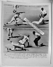 Original AP photo 1969 NY Mets Ken Boswell & Dodgers Wes Parker