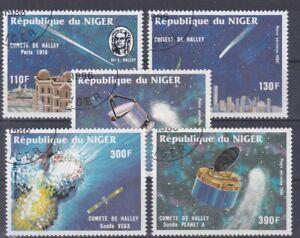 7152 Niger Halley Komet  977 - 81  gestempelt (455)