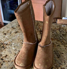 Size 4 brown boots with gold star accents. NWT