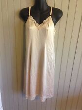 Vintage Jc Penny tan full slip with lace trim size 32
