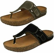 Clarks 100% Leather Slides Sandals & Beach Shoes for Women