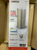 Satco S8907 HI-PRO Led Wall Pack 30W/5000K Light bulb 100-277V Brand New