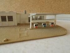 maquette 448 échelle N garage