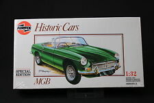 XL263 AIRFIX 1/32 maquette voiture 02420 MGB Historic cars 1989 NB