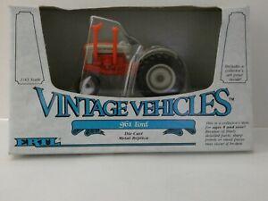 Tracteur FORD 961 - ERTL 1/43º Vintage Vehicles réf:2508 - MIB