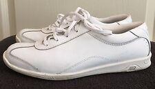 Womens NEW BALANCE White Leather Athletic Walking Shoes SIZE US 8.5 EU 40
