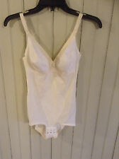 Vintage white Naturana 3030 all in one body suit shaper briefer girdle sz 34b
