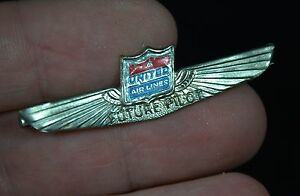 """Vintage 1960s Metal United Airlines """"Future Pilot"""" Child's Lapel Wings Pin Badge"""