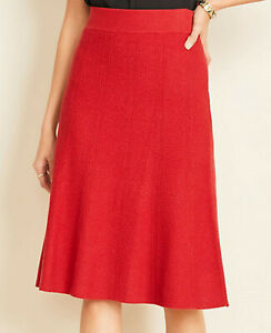 ANN TAYLOR Flare Textured Sweater Skirt in Red Size M nwt