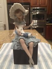 Lladro 1380 Cathy And Her Doll -  Mint Condition