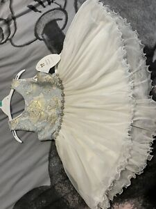 Girls Bridesmaid/Flower Girl Or Prom Dress Size 4YRS Never Been Worn!
