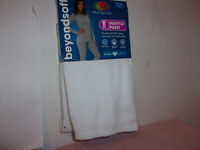 BRAND NEW  LADY'S FRUIT OF THE LOOM WHITE COLORED WAFFLE THERMAL PANT