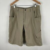 Lululemon Mens Cargo Shorts Size Medium W32 Beige Pockets Wet Dry Technology