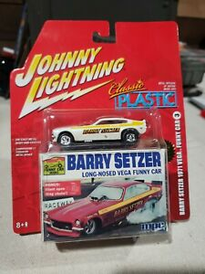 JOHNNY WHITE LIGHTNING CLASSIC PLASTIC BARRY SETZER 1971 VEGA FUNNY CAR SEALED