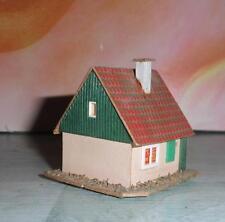 sehr altes kleines Wohnhaus aus Holz/Pappe in der Größe HO / TT (H269) Z