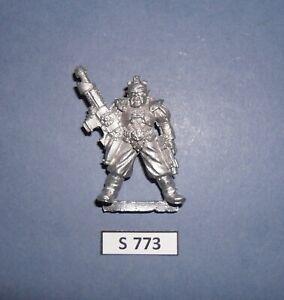 Warhammer LIMITED EDITION NECROMUNDA CONFRONTATION HOUSE HELMAWR GANGER 1992