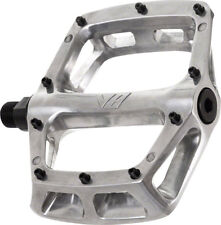 New DMR V8 Pedals 9/16 Alloy Platform Polished Silver
