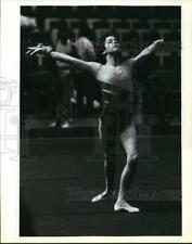 1987 Press Photo Gymnast Phoebe Mill at Floor Routine