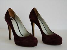 D&G by DOLCE & GABBANA - WOMEN – Classic Burgundy Suede Heels – Size 38