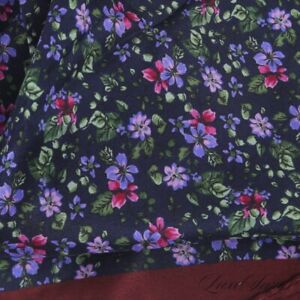 NWOT Made in Italy 100% Silk Black Maroon Piped Garden Floral Pocket Square #1