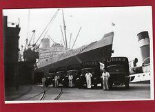More details for queen elizabeth  southampton docks ' liners ' lorries rp pc unused   al280