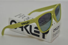 NEW Oakley Frogskins Sunglasses Aspen Green w/ Emerald Iridium™ Lens 24-341