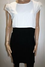 Target Brand Black White Cap Sleeve Slim Fit Shift Dress Size 16 BNWT #TP59