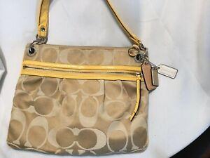 AUTHENTIC Coach No. A1293-19698 Handbag Gold/Yellow