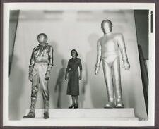 Gort, Klaatu & Patricia Neal Day The Earth Stood Still 1951 Original Photo J3372