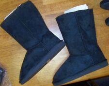 Black Boot 7M Faux Suede Flat Top Moda Women size 7 M New