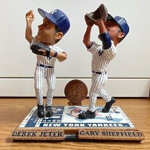 2004 LIMITED EDITION DEREK JETER GARY SHEFFIELD FOREVER COLLECTIBLES BOBBLEHEAD